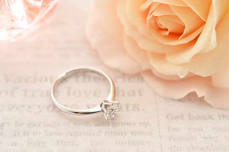 婚約指輪の例