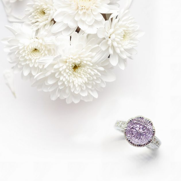 ピンクアメシストの婚約指輪